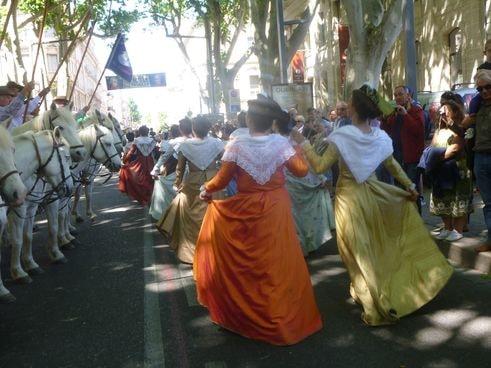 Avignon défilé des 90 ans du Ruban