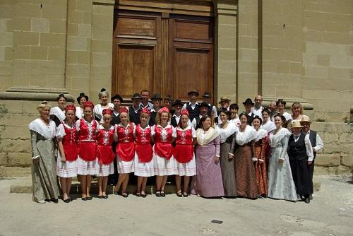 Gemeinsam de moftin romania à Eyguieres