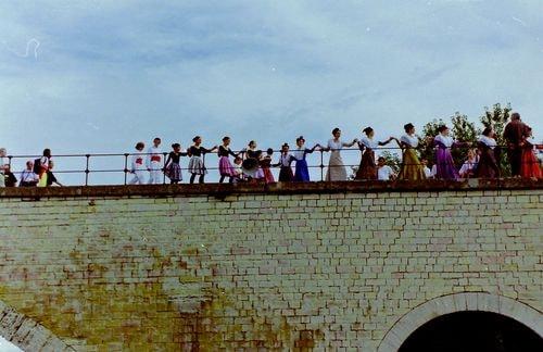 Hommage a farfantello sur le pont d avignon 14