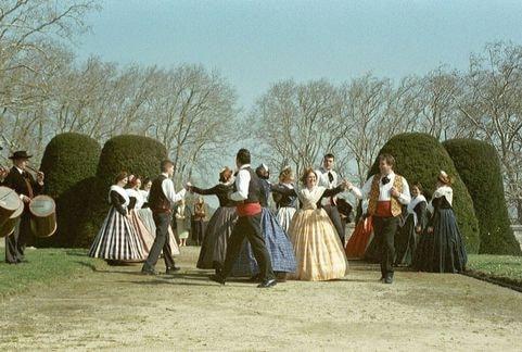 La nacioun gardiano et le ruban de provence acampado castries 2003 5