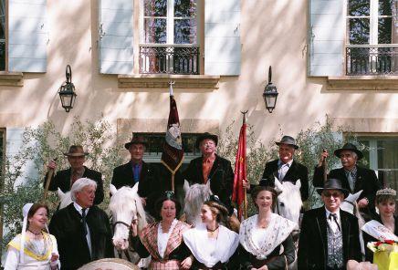 Meyrargues journee d arbaud avec la nacioun gardiano 2006 10