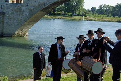 Pont d avignon hommage a farfantello 2
