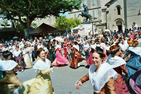 St eloi rognonas 2004 1