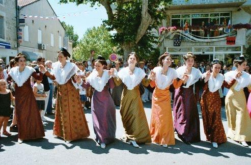 St eloi rognonas 2004 10