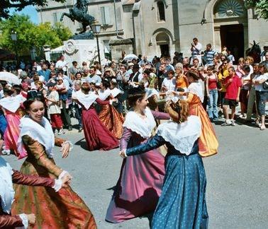 St eloi rognonas 2004 2