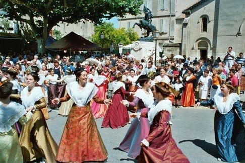St eloi rognonas 2004 4