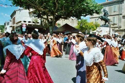 St eloi rognonas 2004 7