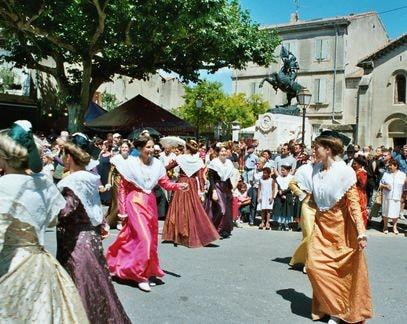 St eloi rognonas 2004 8