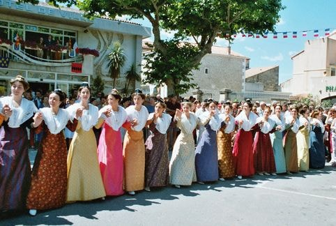 St eloi rognonas 2004 9