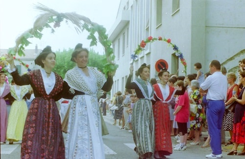 St roch rognonas 1994 4